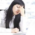 目の疲れで頭痛や肩こりが起きる!即効で解消する5つの方法とは?
