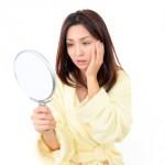 肌荒れの原因はコレ!生理前や妊娠中は赤みもでる?