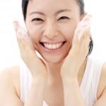 毛穴の開きを改善するには洗顔が大事!【原因は皮脂?】