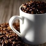 カフェイン中毒になる量と慢性症状とは?【紅茶や緑茶は】