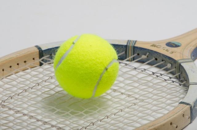 teniss-min