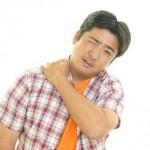 ぎっくり肩の原因と症状は?【ストレッチで予防!】